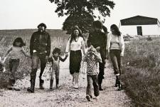 Wolf und Christa Büntig mit Kindern und Freunden